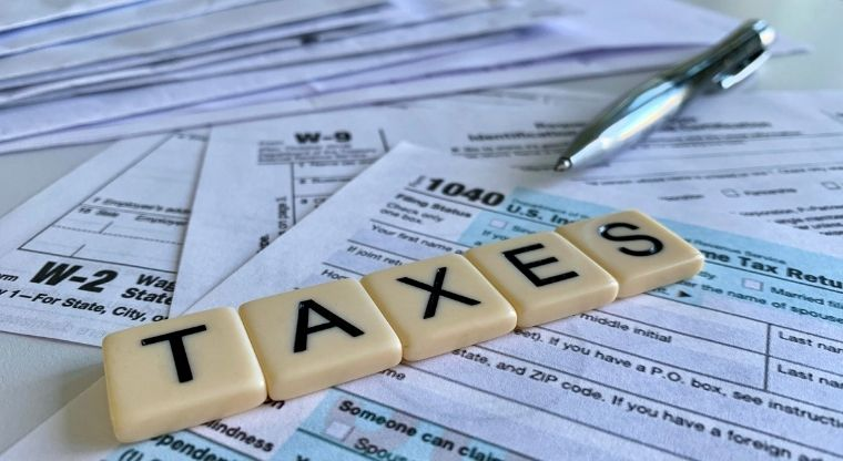Do you feel the amount you pay in local property taxes is a serious problem?